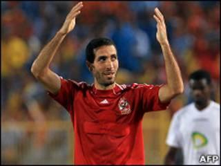 لاعب الأهلي محمد أبو تريكة(أرشيف)