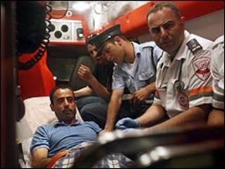 آمبولانس اسرائیلی در نزدیکی سفارت ترکیه