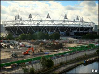 正在兴建当中的伦敦奥运主体育场