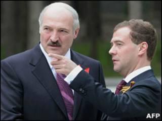 Фото 8 мая: президент России Дмитрий Медведев и Белоруссии Александр Лукашенко
