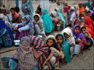 باكستان بحاجة الى ثلاث سنوات على الاقل لتخفيف معاناة المنكوبين
