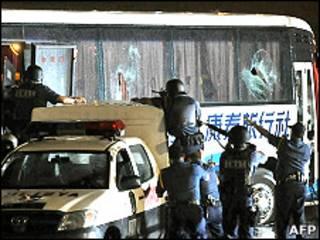 Штурм захваченного автобуса в Маниле