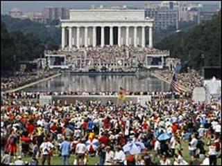 Imagen de la marcha conservadora en el Monumento a Lincoln de Washington.