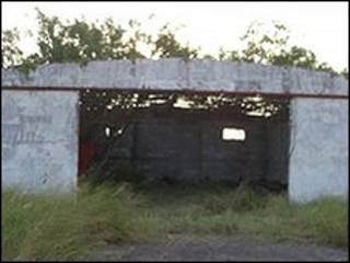 Galpão na fazenda abandonada onde imigrantes foram encontrados mortos