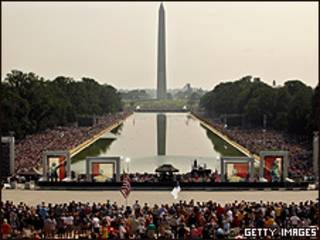 Conservadores reunidos no Lincoln Memorial, em Washington