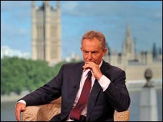 Tony Blair en entrevista con la BBC