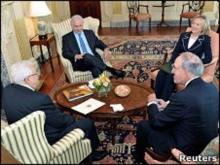 Reunión entre Mahmoud Abbas, Benjamín Netanyahu, Hillary Clinton y George Mitchell