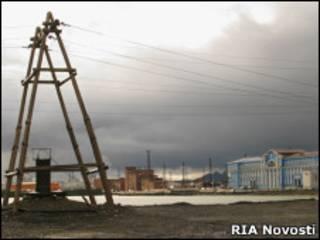 """Медеплавильный завод """"Норникеля"""" в Норильске"""