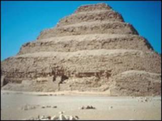 سقارة من اهم مدافن الملوك والاعيان في عصور الدولة المصرية القديمة
