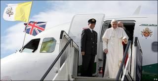 El Papa llega a Escocia