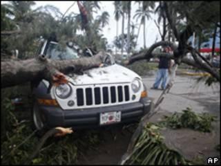 Paso del huracán Karl en Veracruz, México