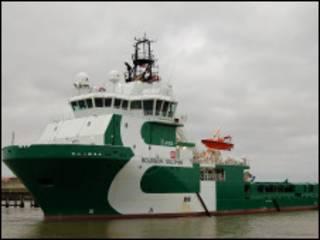 سفينة تابعة لشركة نفط فرنسية