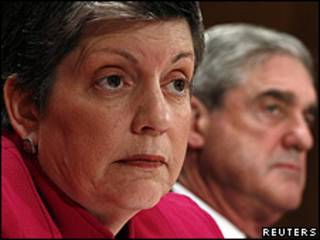 Janet Napolitano e o diretor do FBI, Robert Mueller em Washington