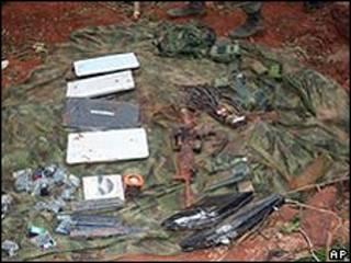 Computadores apreendidos depois de ataque contra acampamento das Farc (AP)