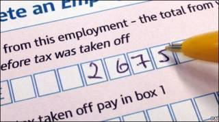 ملء استمارة الضرائب في بريطانيا