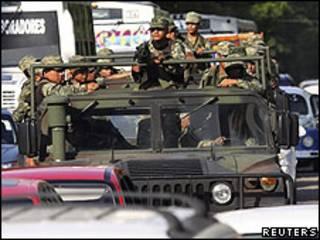 الجيش في أكابولكو