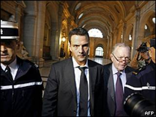 Julgamento é considerado um símbolo do combate à fraude financeira. Foto: AFP