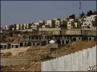 عمليات بناء في مستوطنة قرب القدس