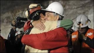 Florencio Ávalos, o primeiro mineiro a ser resgatado