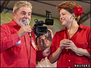 Lula e Dilma durante a campanha