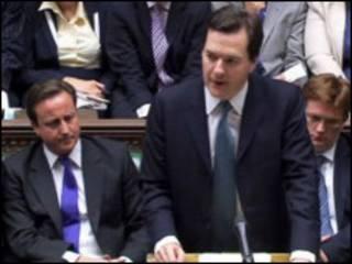 George Osborne durante o anúncio do pacote no Parlamento