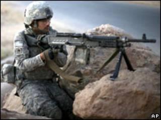 جندي غربي بافغانستان