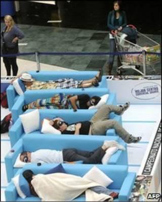 Конкурс любителей дневного сна в Мадриде