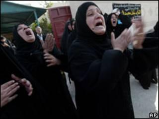 عراقيات يندبن