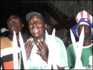 طرفداران فوتبال در کنیا
