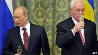 Прем'єр-міністри в Києві: дружба дружбою, а гроші - окремо