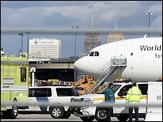 यूपीएस का विमान