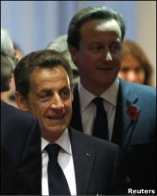 Nicolas Sarkozy e David Cameron