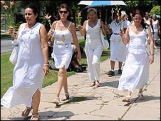Damas de Blanco (Foto: Raquel Pérez)