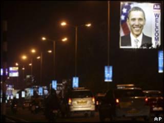 Cartaz de boas-vindas a Obama em Mumbai