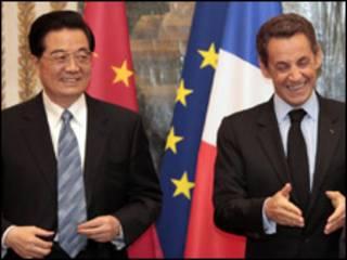 الرئيسان الصيني والفرنسي