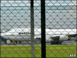 Самолет Boeing 747 авиакомпании Qantas (фото 4 ноября)