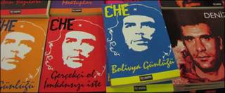 Libros del Che traducidos al turco. Foto: Ángeles Lucas.