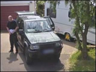 Imagem do Google Street View distribuída pela polícia de Derbyshire