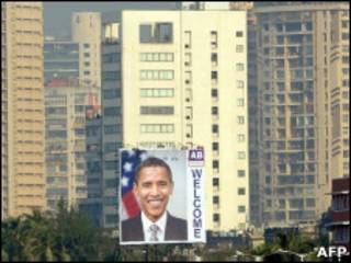 Бигборд с портертом Обамы в Мумбаи