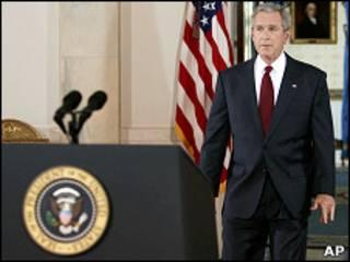 جورج بوش، رئیس جمهور سابق آمریکا