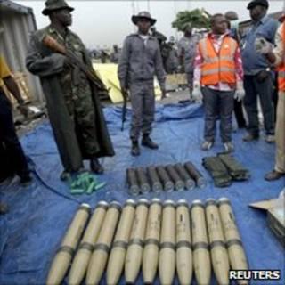 شحنة الأسلحة المصادرة في ميناء لاجوس