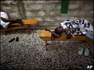 Doentes de cólera no Haiti/AP