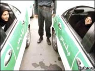 تصویری از دو ماشین نیروی انتظامی ایران