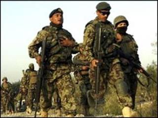 अफ़गानिस्तान, नेटो सैनिक