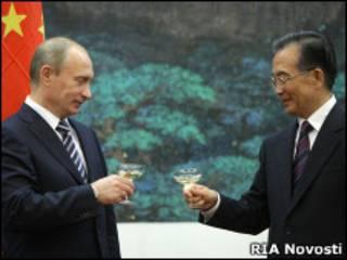 Владимир Путин и Вэнь Цзябао