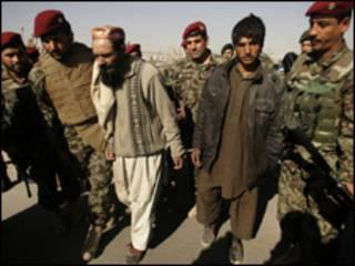 أسرى من طالبان