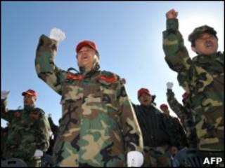 Южнокорейские морские пехотинцы на демонстрации против политики КНДР
