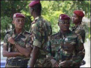 Ивуарийские военные