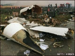 حطام طائرة الكونكورد عام 2000