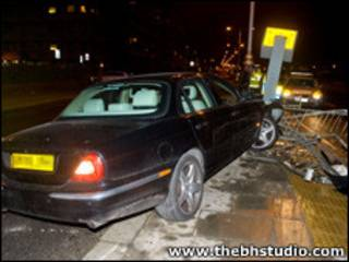 Acidente com carro de Nick Cave